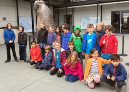 Students Visit the Marine Mammal Center